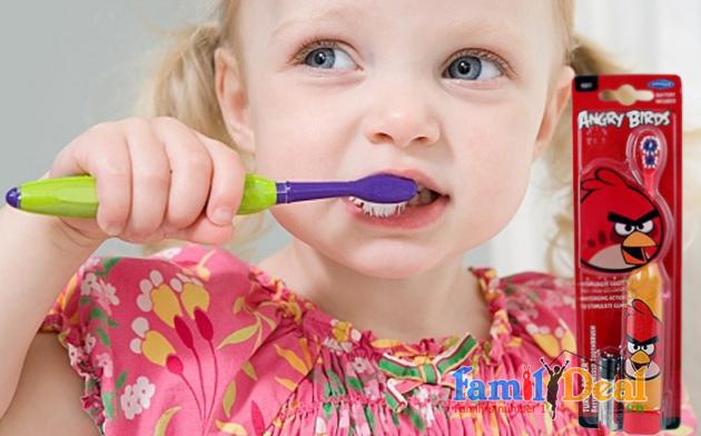 Bàn chải đánh răng chạy bằng pin