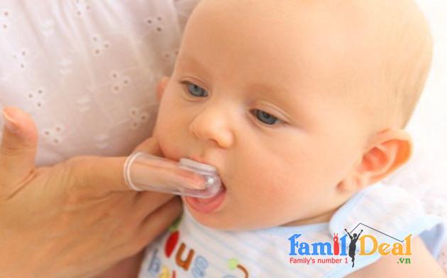 Bàn chải răng- rơ lưỡi em bé bằng silicon NHOMMUA HOTDEAL