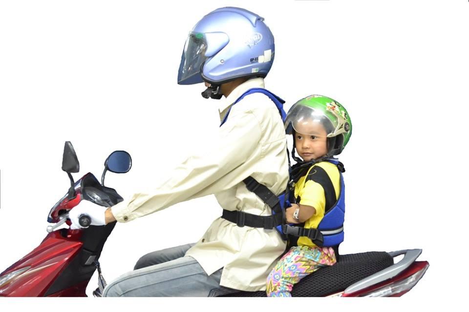 Dây đai song hành đi xe máy