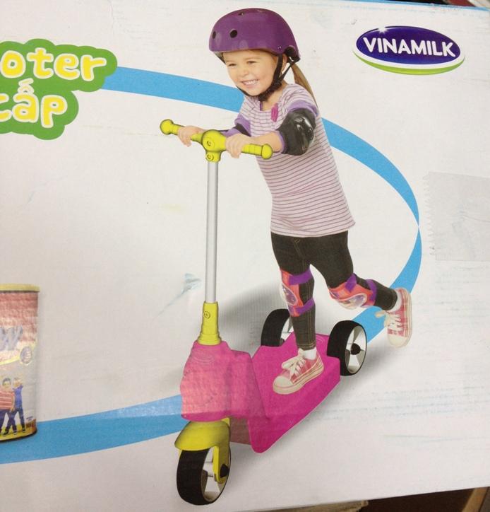 Xe trượt Scooter 3 bánh cao cấp Vinamilk