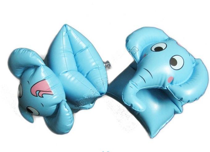 Phao tay hình con voi xanh