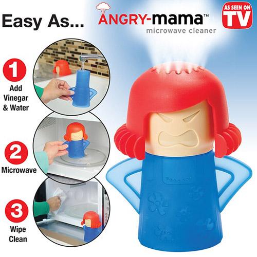 Búp bê Angry Mama làm sạch lò vi sóng